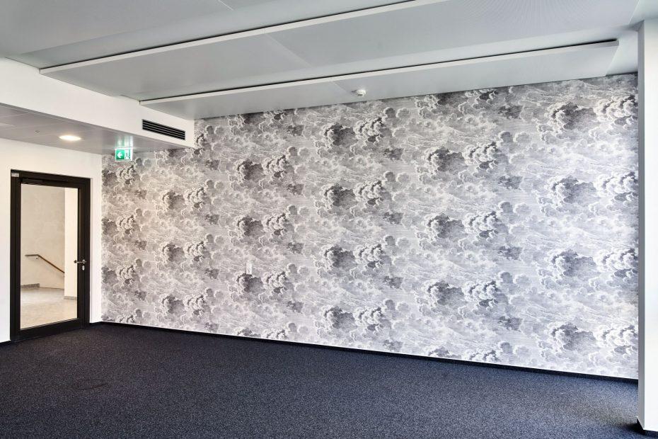 Hochwertige Tapezierarbeiten in einem modernen Stuttgarter Büro im Europaviertel 5