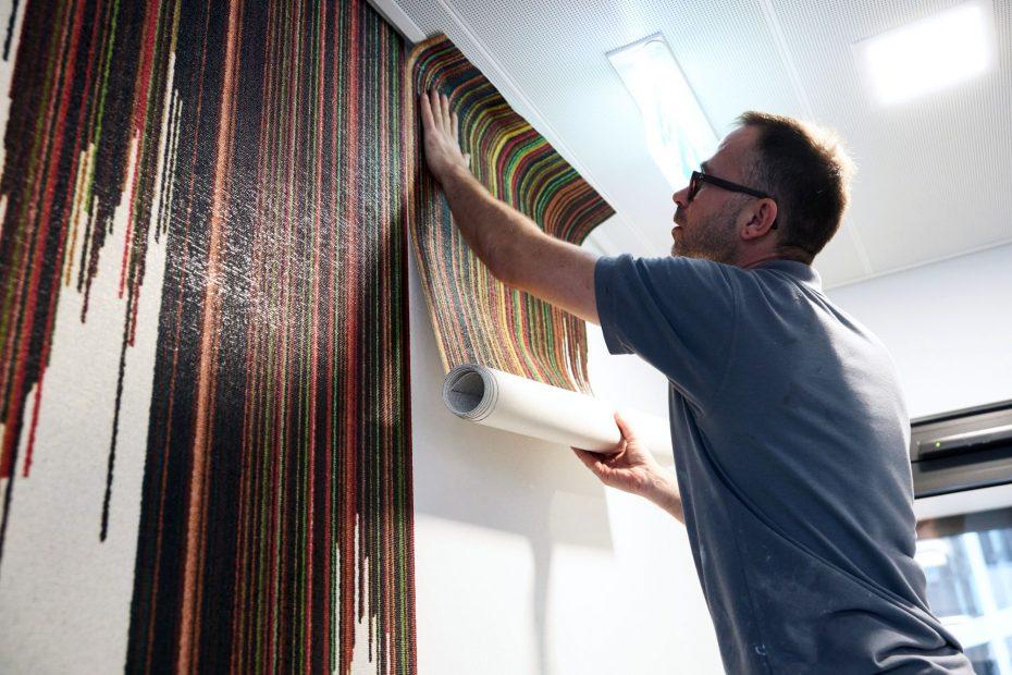 Hochwertige Tapezierarbeiten in einem modernen Stuttgarter Büro im Europaviertel 18